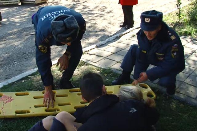 Первые кадры с места взрыва в керченском политехническом колледже