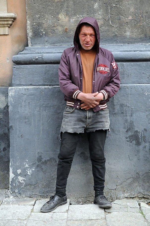 55 летний львовский бомж самый модный бездомный в мире (3)