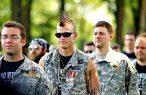 Армия самоубийц или убийцы армии?