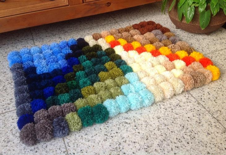Цветной прикроватный коврик