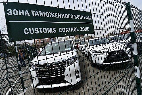 Пошли по миру: куда уезжают собранные в России иномарки