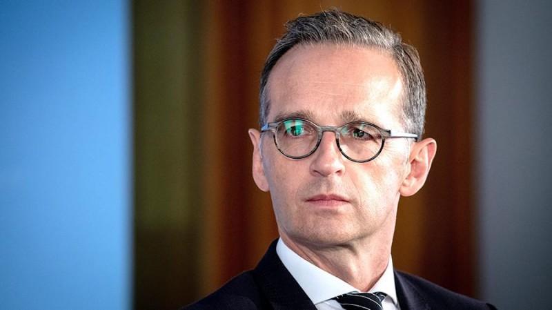 Глава немецкого МИД сравнил США с удавом