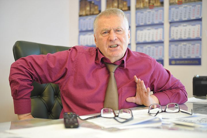 Жириновский: Россию примут в Евросоюз, НАТО распустят, а в США будет править Трамп!
