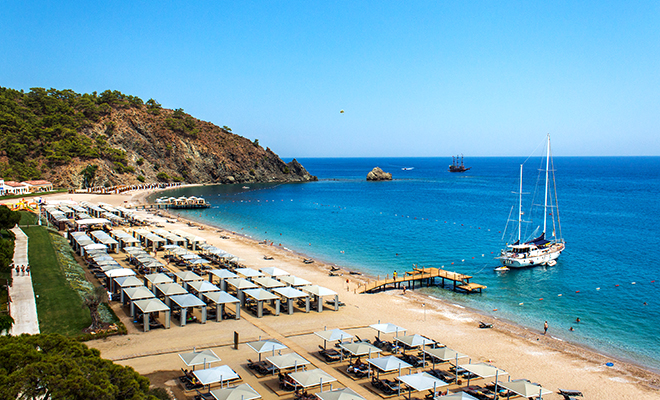 У самого синего моря: как отдохнуть в Турции, чтобы вас не сглазили