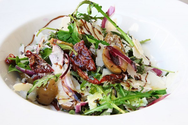 Легкий итальянский салат