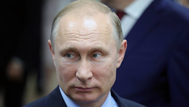 Путина возмутило, что в калмыцкой школе родителей заставили покупать парты
