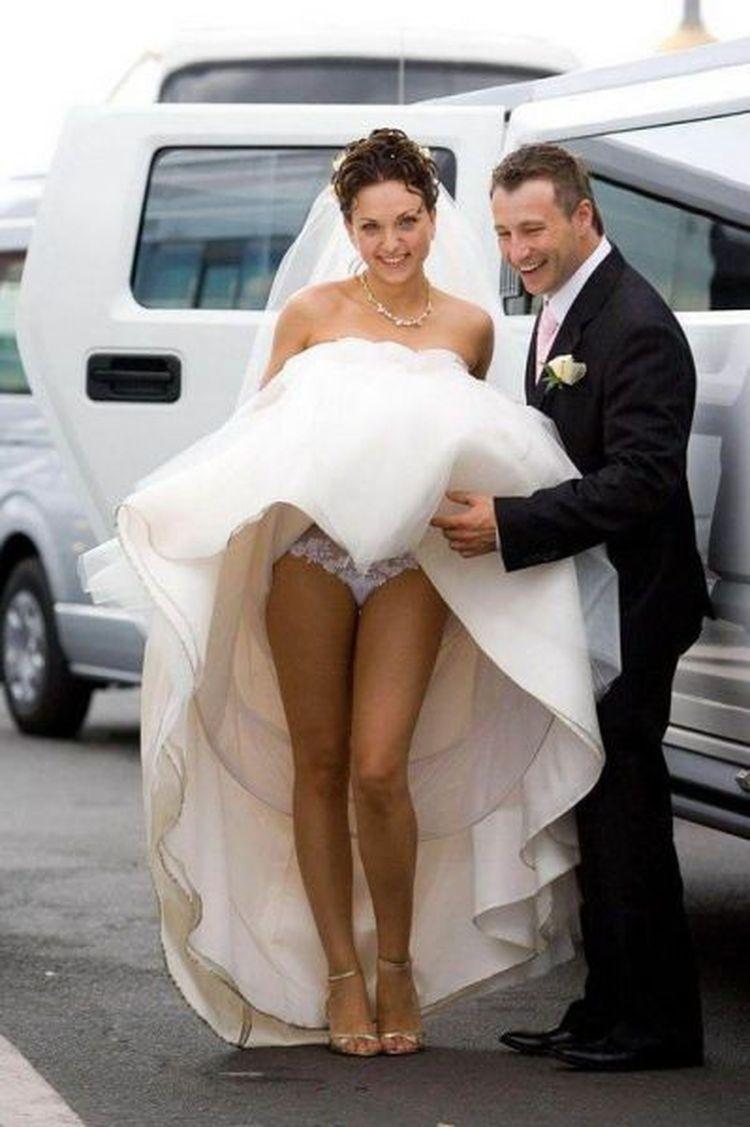 Фото девушек что вытворяют на свадьбе откровенные фото 21 фотография