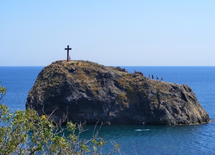 Древние легенды Крыма: 8 достопримечательностей полуострова, по которым можно изучать историю