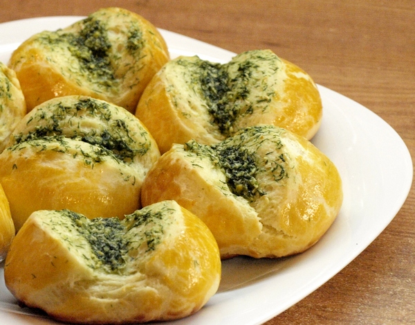 Чесночные булочки (пампушки) - видео рецепт