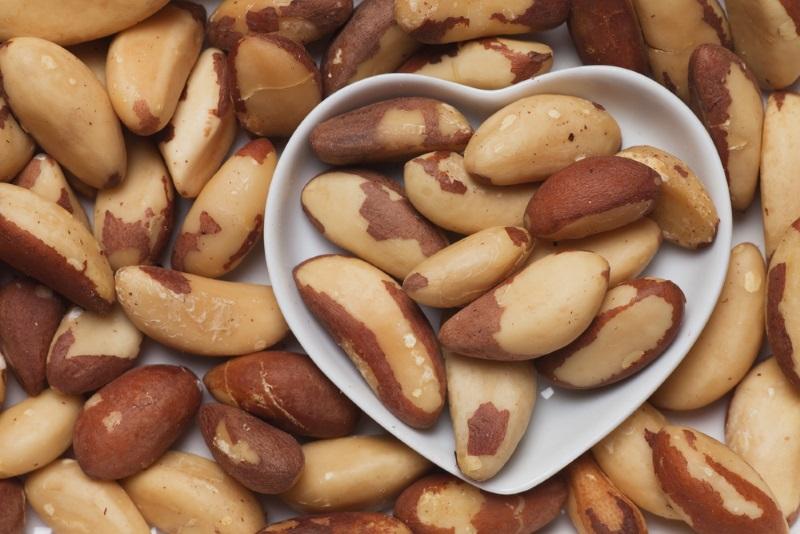 польза бразильских орехов для женщин