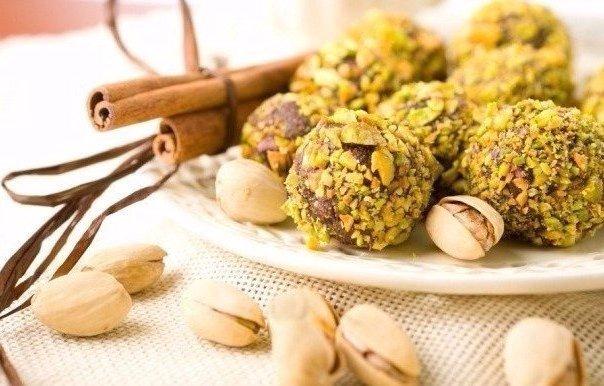 Дети едят их постоянно: Домашние полезные конфеты «Шарики счастья»