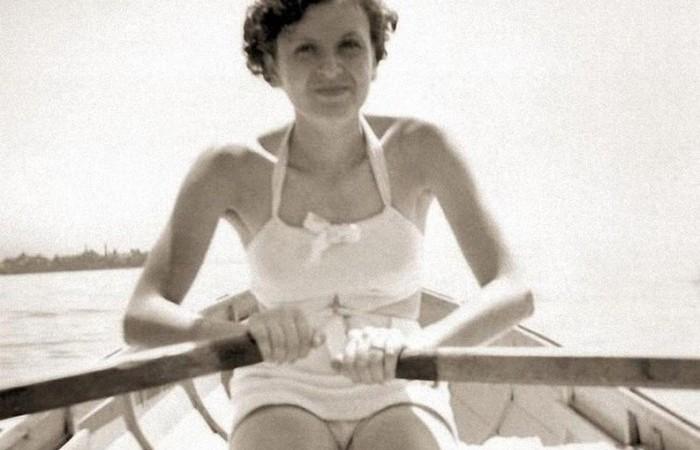 Фото из личного архива Евы Браун - женщины, которая один день была женой фюрера