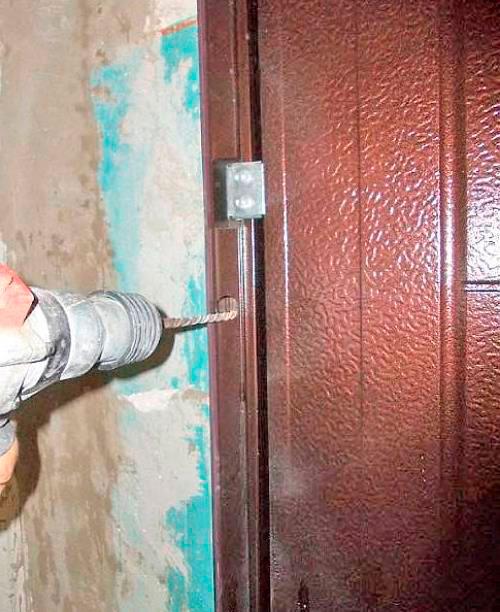 вставить входную металлическую дверь цена