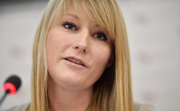В кризис депутатам стало не хватать денег:Светлана Журова требует от экс-супруга 210 тыс. в месяц на детей
