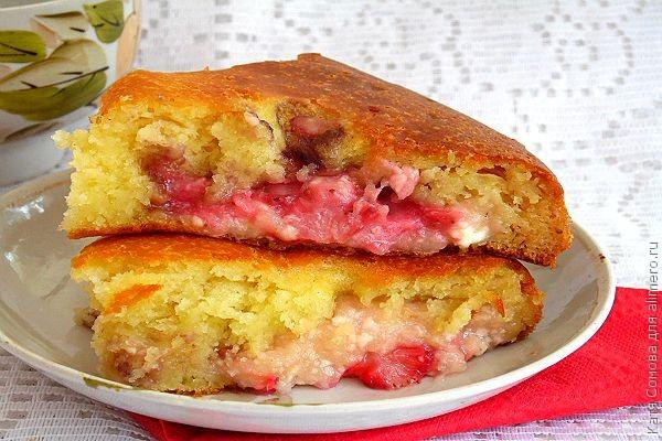 Пирог с клубникой простой рецепт с творогом