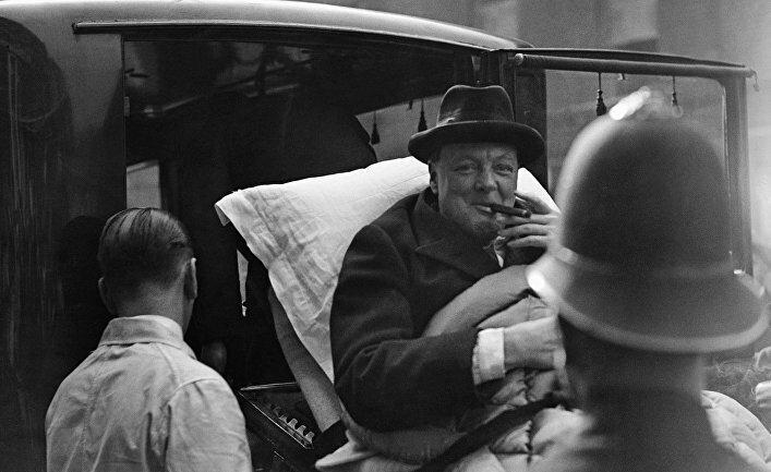 Неизвестный Черчилль: шампанское, бифштексы на завтрак и ночи за работой (1 фото)