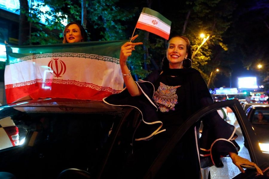 Иранские девушки в России