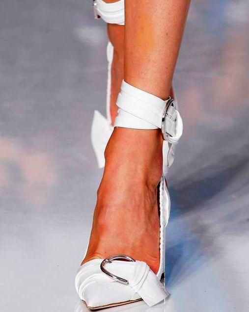 Самая модная женская обувь сезона весна-лето 2016 — ура, острый нос снова в тренде!