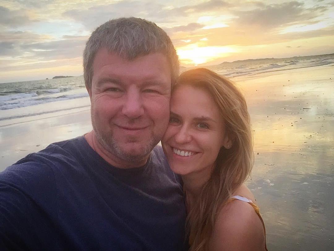 Почему Александр Робак скрывает от общественности свою супругу, с которой счастлив уже более 20 лет