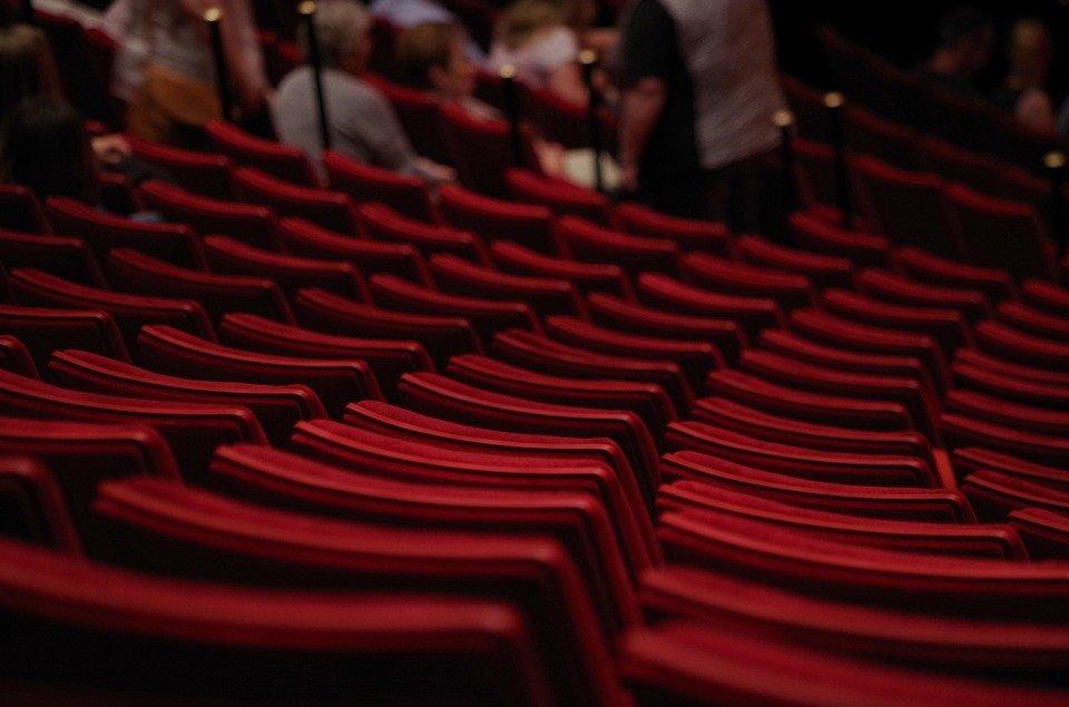 Петербургский театр представит на «Золотой маске» спектакль про шведского первоклассника