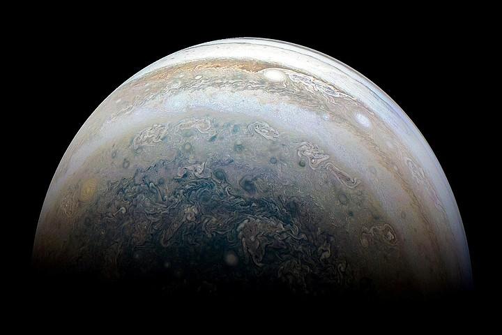 У Юпитера обнаружились 12 новых спутников