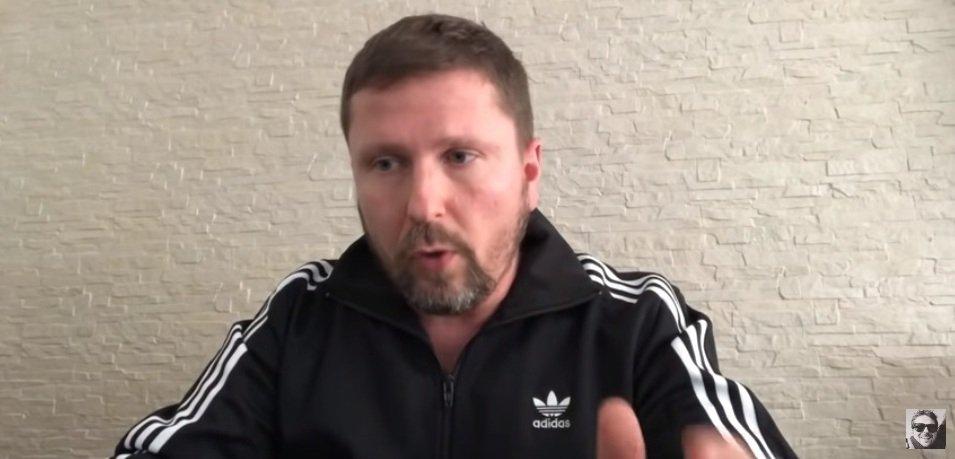 «Я тебя не боюсь, ответишь за свои слова»: Шарий подает в суд на Порошенко