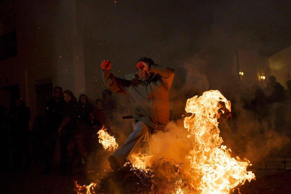Luminarias - испанский фестиваль огня и животных-6