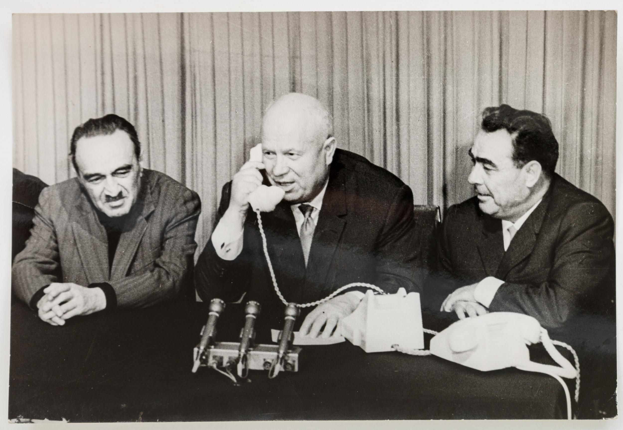 Почему и как сняли Хрущёва. …