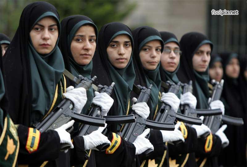 Девушки на службе в армии фото 22