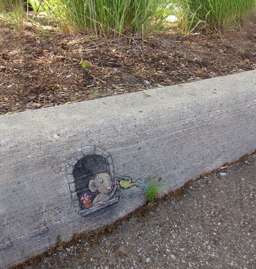 funny-street-art-rat-watering-plant