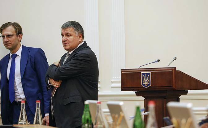 Аваков нашел общий язык с Донбассом