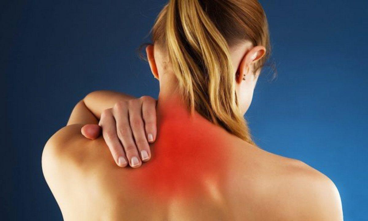Упражнения от боли в шее: помогут всего за 5 минут