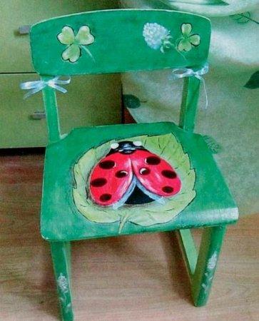 Роспись детского стульчика