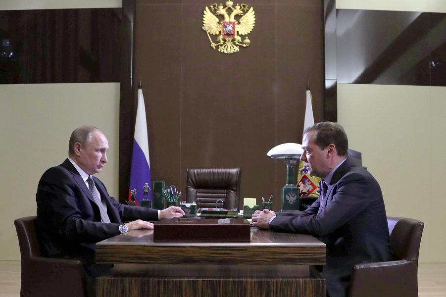 У Путина есть план экономического развития. Знаете, чей?