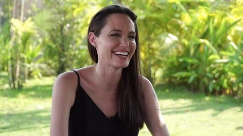 Анджелина Джоли собралась замуж за английского миллиардера