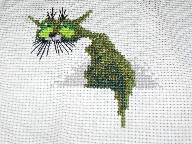 СТЕЖОК, ЕЩЁ СТЕЖОК. Кот зеленый....вышивка