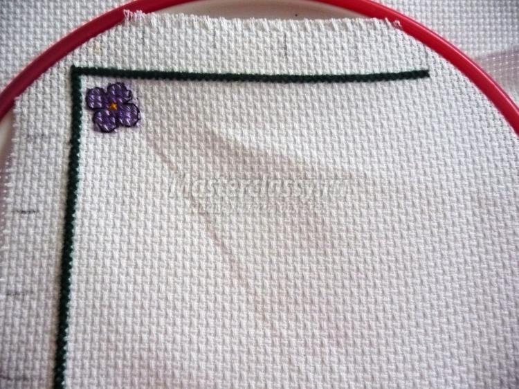 игольницы-бискорню с вышивкой