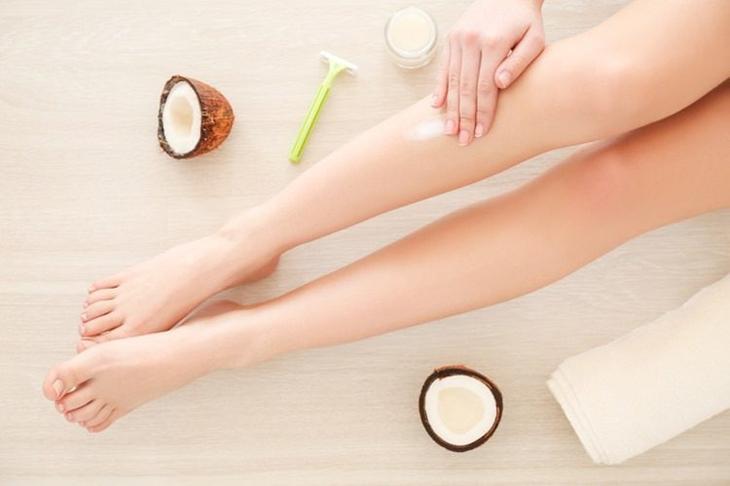 Как отбелить темную кожу на локтях и коленях всего за 5 минут