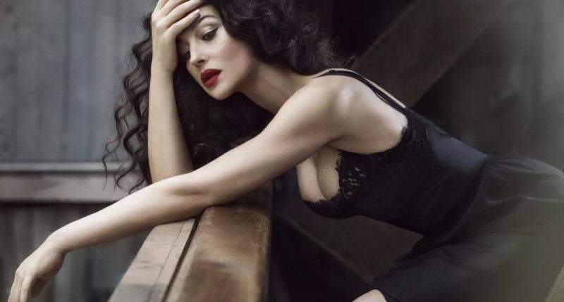 30 сентября свое 54-летие отметила самая сексуальная женщина планеты, культовая актриса мирового кинематографа и, вне всякого сомнения, настоящее достояние Италии — актриса Моника Беллуччи