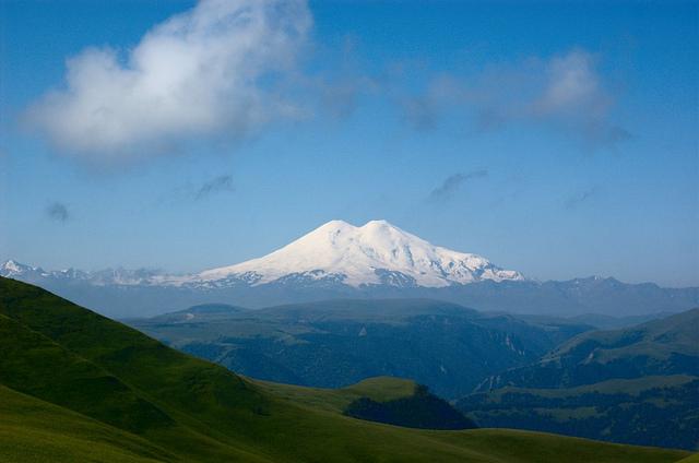 «Е-генератор» помог «Воробьевым горам» в создании календаря на 2013 год