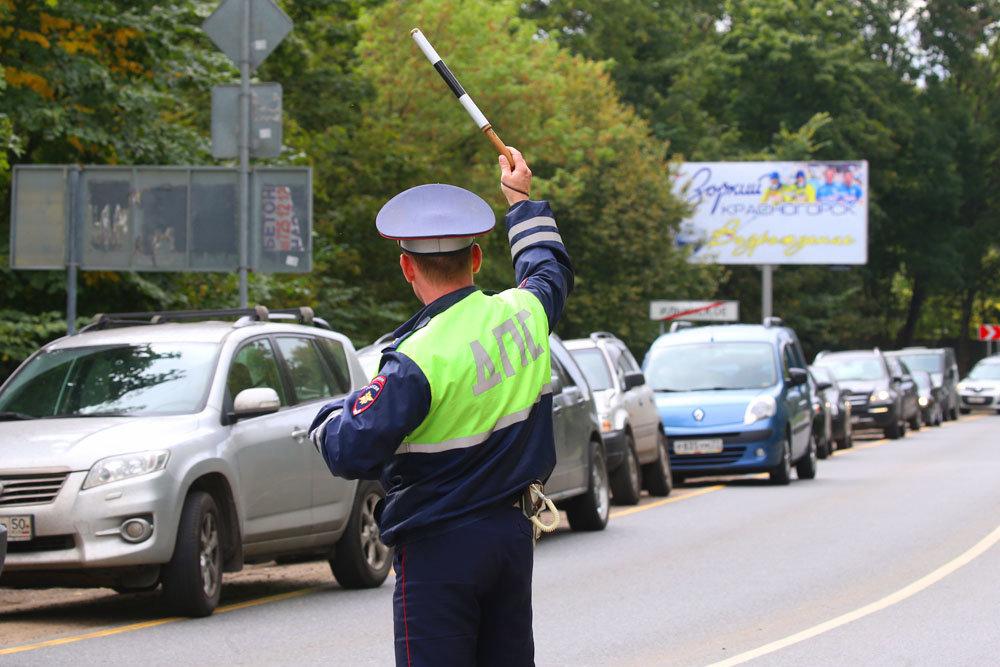 Вступил в силу указ, запрещающий сотрудникам ГИБДД снимать номера