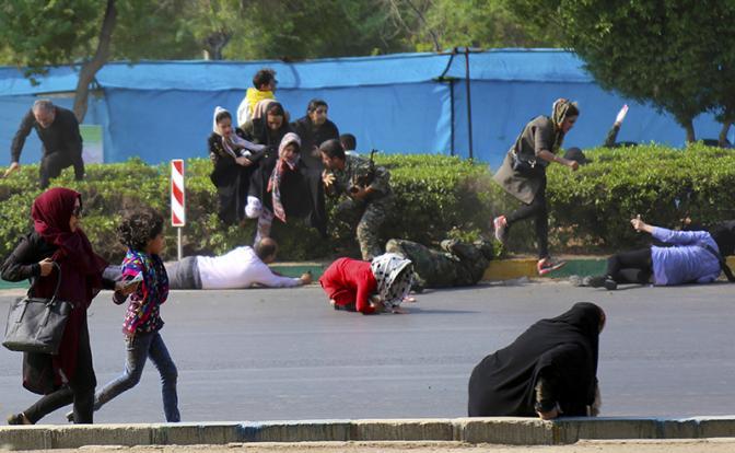 Кто атаковал военный парад в Иране?