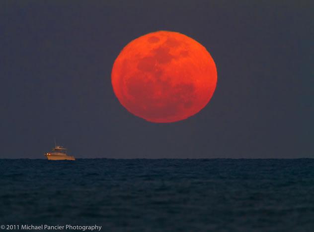 Кровавая луна уже близко! 28 сентября мы сможем ее увидеть во всей красе!