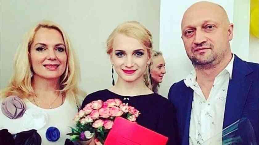 Дочь Гоши Куценко и Марии Порошиной закрутила роман с осетинским красавцем