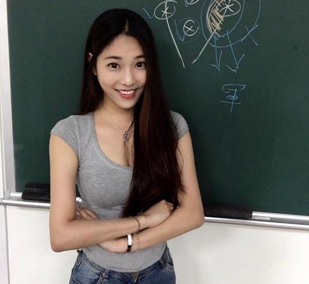 """Чэн Цзя-вэнь - """"самая горяча…"""