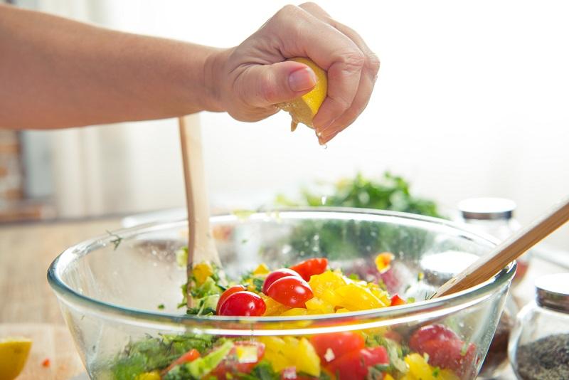 вкусный салат из простых продуктов