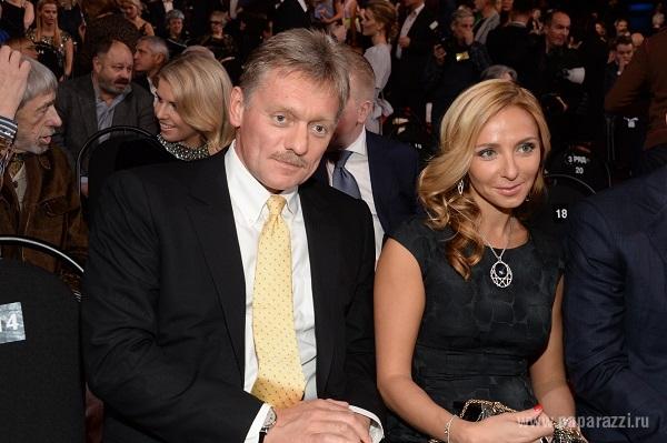 Судя по новостям во всех сми, свадьба Пескова и Навки должна затмить Парад 9 мая