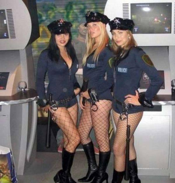 Сексуальные девушки в форме милицейской фото 134-803
