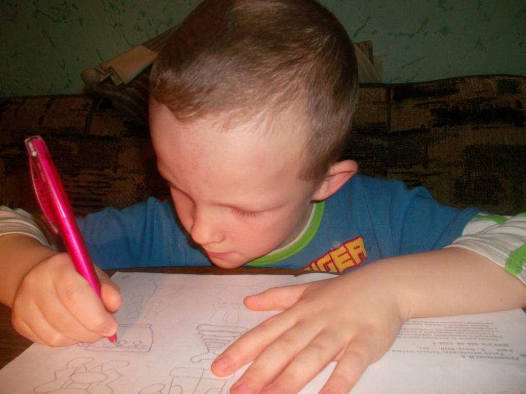 Что если ребенок не хочет рисовать
