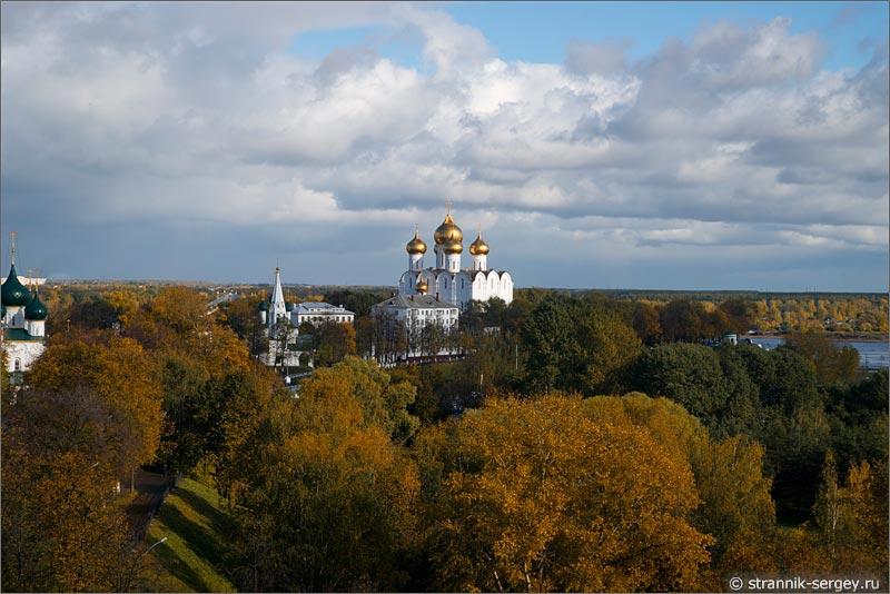 Ярославль вид сверху Спасо-Преображенский монастырь